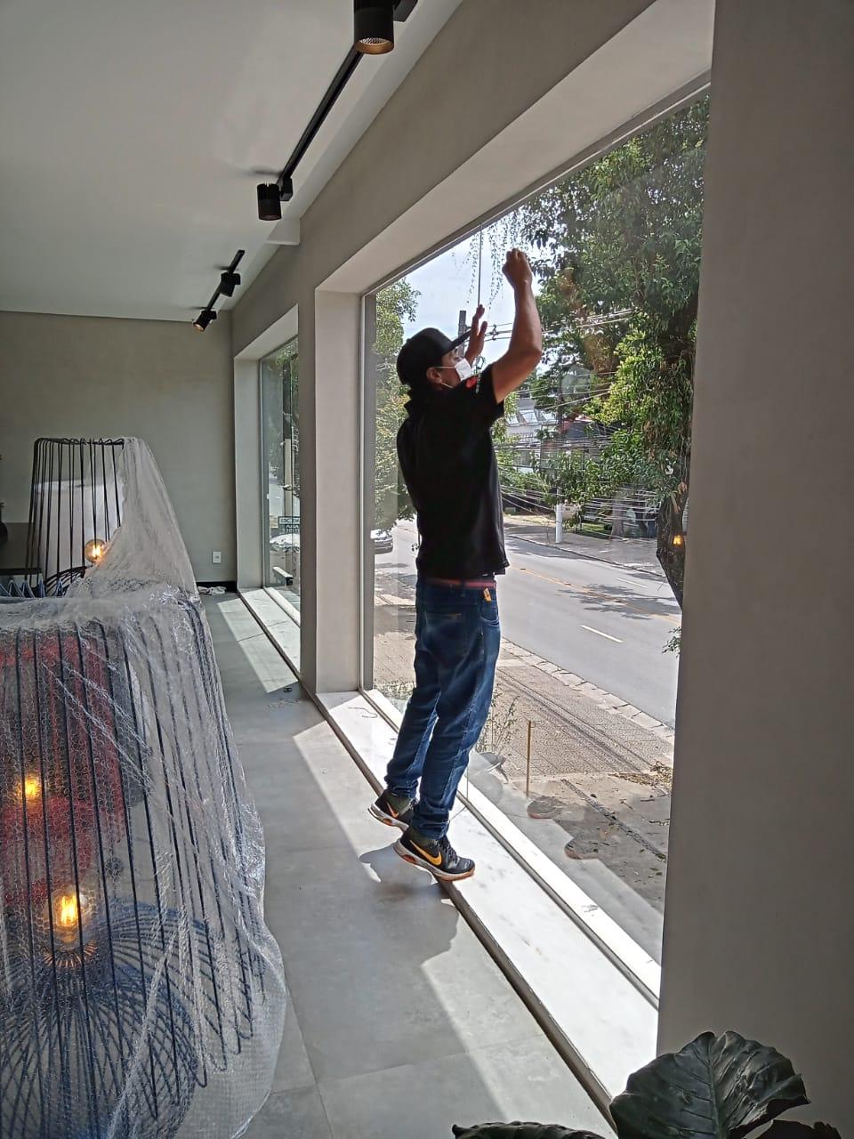 Colocação de película em vidros em São Paulo