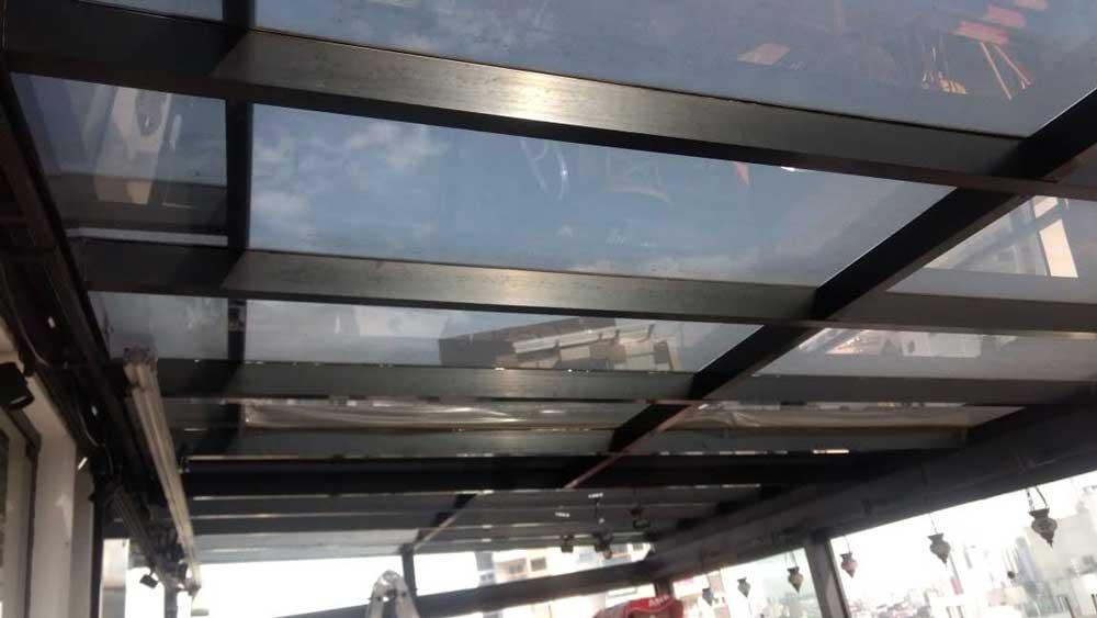 Película para teto de vidro